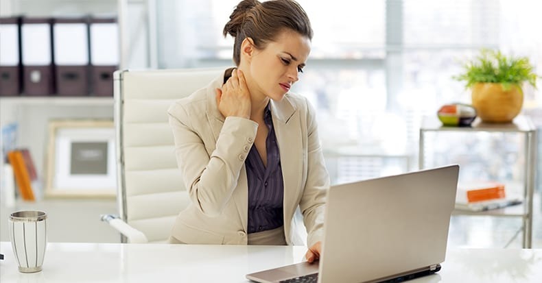 Neck Pain – When Should I Come In?