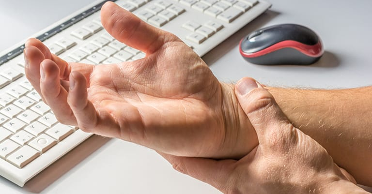 Treatment on the Wrist for Carpal Tunnel Syndrome